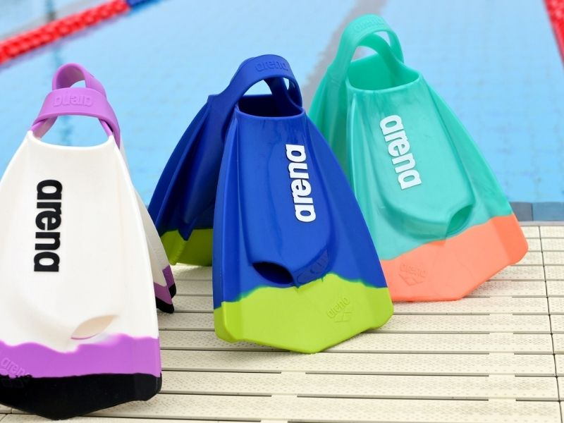 Breaststroke fins: A collection of regular Arena swim fins in different colors